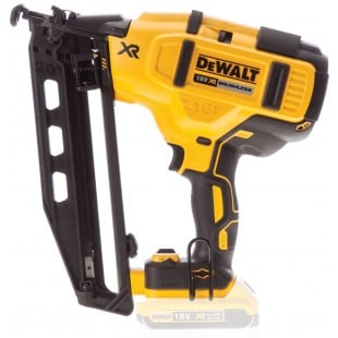 DEWALT DCN660N 18v Second fix nailer