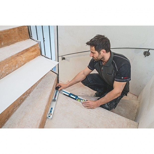 comes with the BOSCH GAM 220
