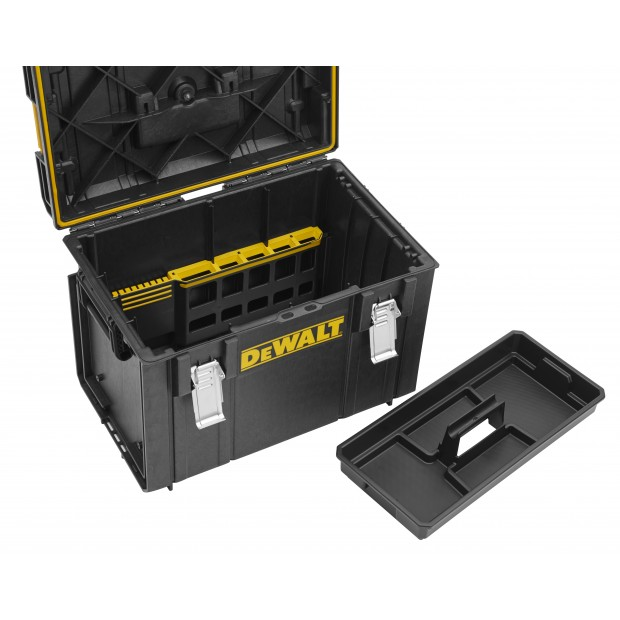 comes with the DEWALT DS400
