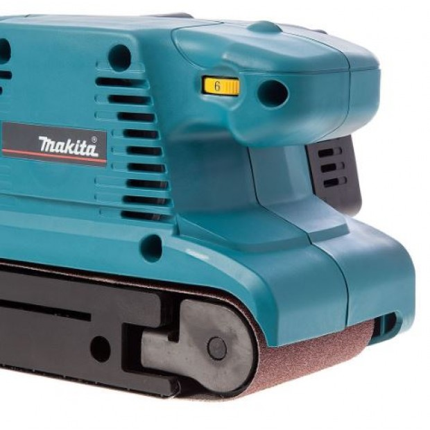comes with the MAKITA 9911