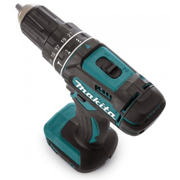 comes with the MAKITA DHP482Z