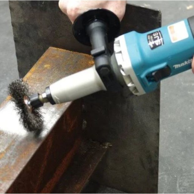 comes with the MAKITA GD0800C